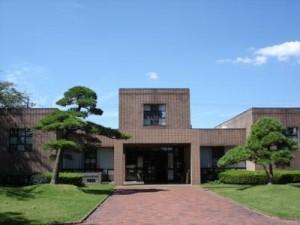 千代田町立山屋記念図書館