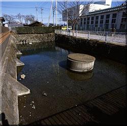 国指定史跡 新田荘遺跡 重殿水源